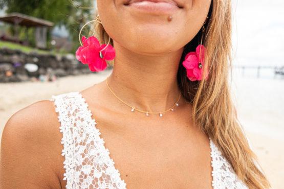 boucles d'oreilles TIARE rose et collier POEMITI Manahei Creations